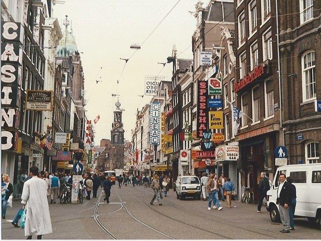2aniederlandeamsterdam